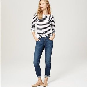 🌿LOFT Relaxed Skinny Blue Jeans